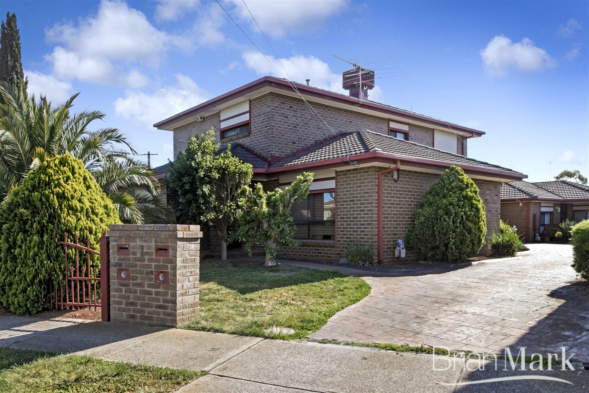 Family Home In Popular Bellbridge